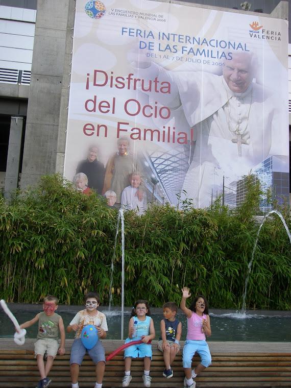 EN VALENCIA ACUDIERON A ESTAR CERCA DE BENEDITO XVI