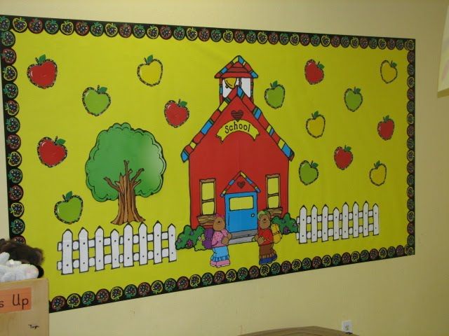 September Bulletin Board Ideas http://terrific2s.blogspot.com/2010/09/bulletin-boards-september-2010.html