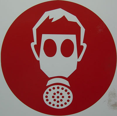 Dentro de poco, esta máscara ya no será necesaria. Aarhus, Dinamarca. Septiembre, 2007