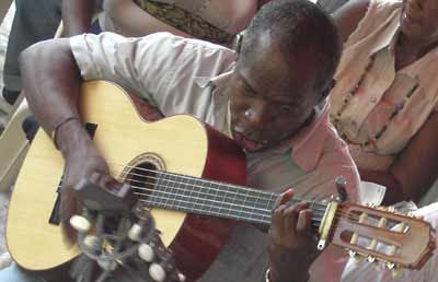 Música espontánea en Quibdó, Colombia. Septiembre, 2006