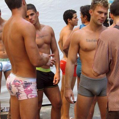 cool%252520underwear%252520butt Hot Guys 1.9 Screenshot