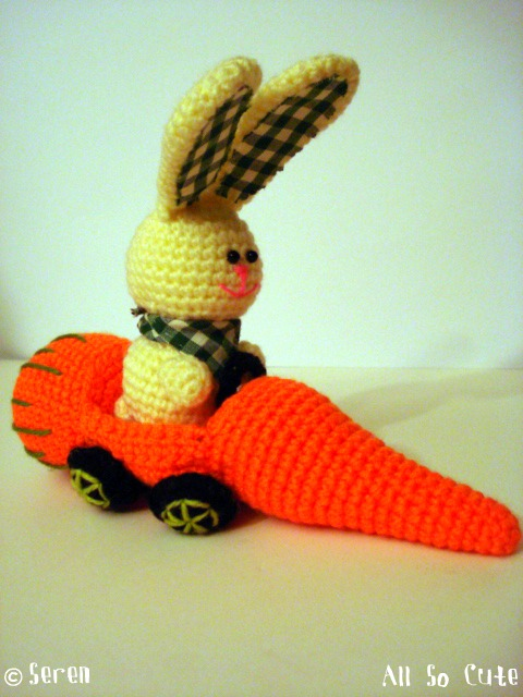 Amigurumi Saclari Yapimi : AllSoCute Amigurumis: Amigurumi Bunny with A Carrot Car ...