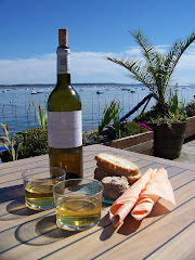 White wine, oysters, pate, bread and the Bassin d&#39;Arcachon, Bordeaux