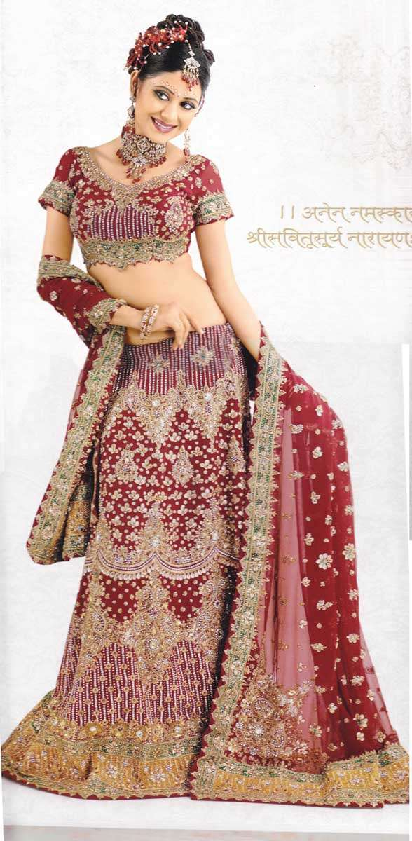Indian wedding dresses have an aura of royalty that is intertwined into them