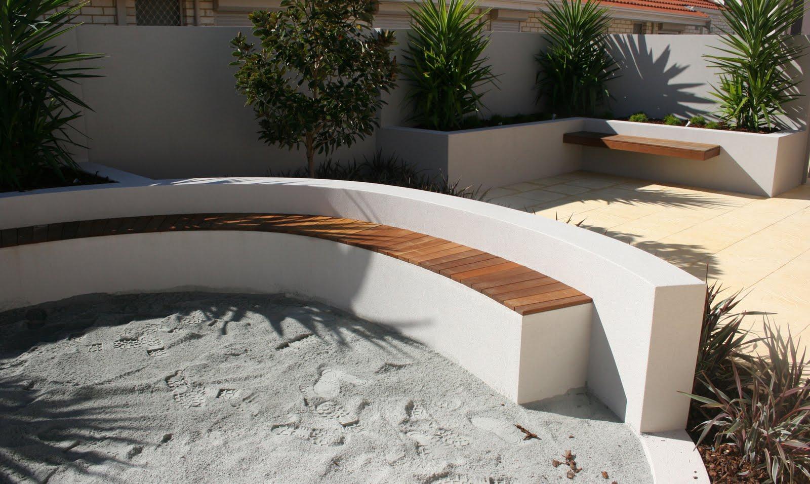 Retaining Wall Seating White Garden Wall