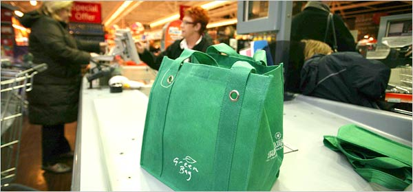 [green+shopping+bagjpg]