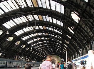 Milanon rautatieasemalla 1