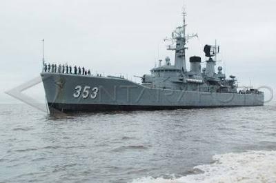 Usai Patroli KRI Yos Sudarso-353 Berlabu Di Teluk Bayur
