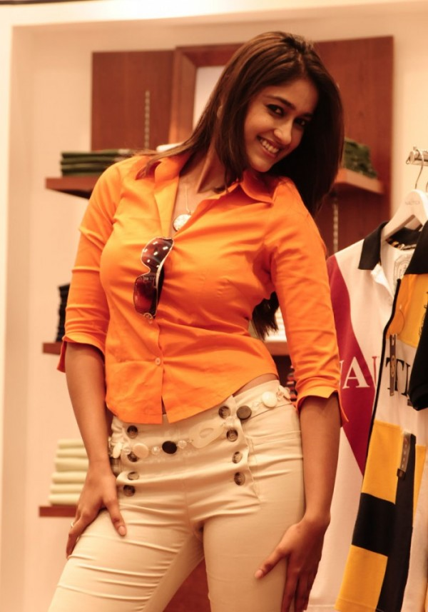 , ILEANA hot pics in Orange Dress