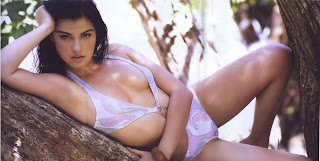 Mait Perroni revistaH,Tetas Mait Perroni,Mait Perroni desnuda