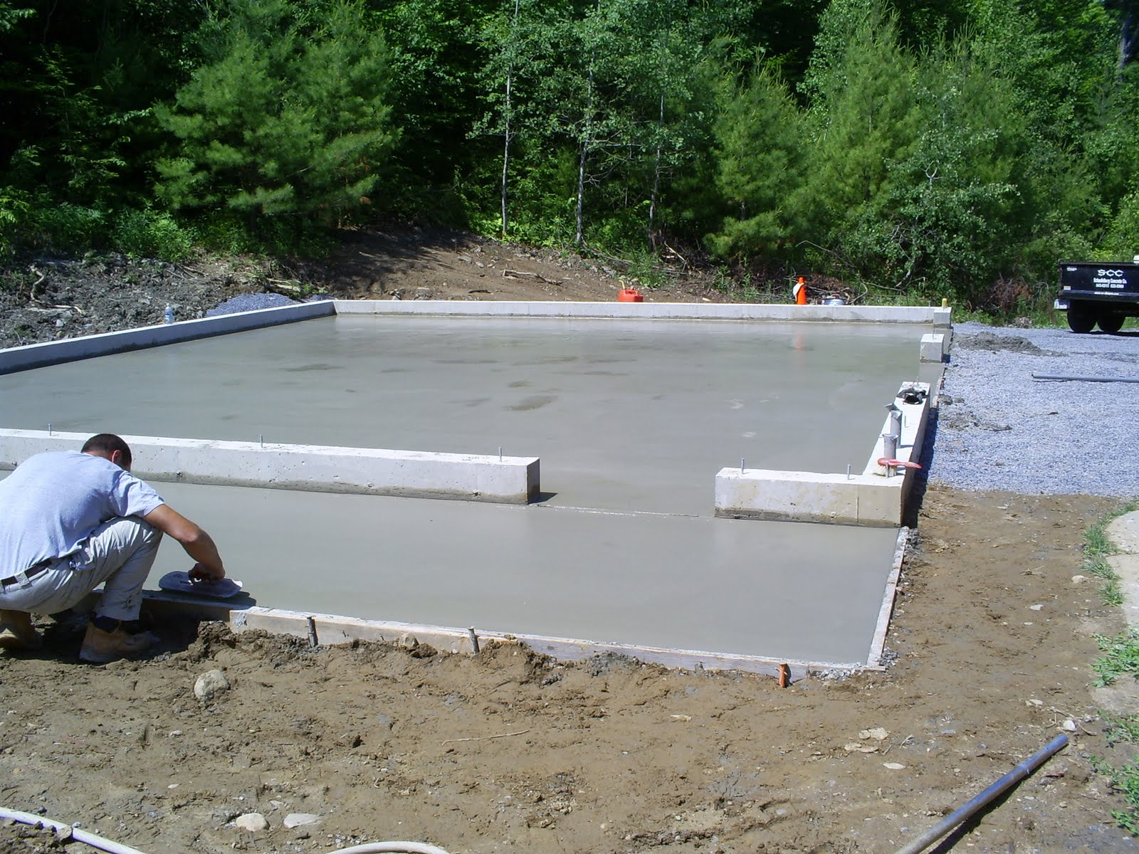 Scc slab for a garage for Garage slab