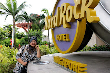 HARD ROCK SINGAPORE - DEC 2010
