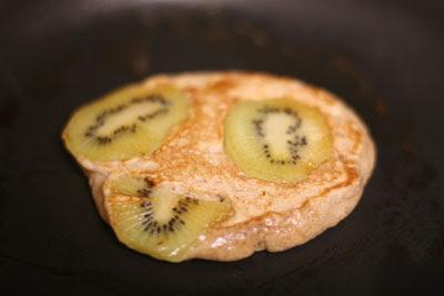 kiwi pancakes