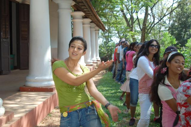 nayanthara hot photos
