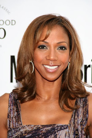 Holly Robinson Peete Follows Geno's World On Twitter
