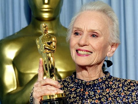 JESSICA TANDY - Beaming