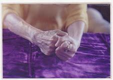 Les mains de Mère