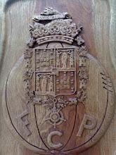 Brasão do Porto em madeira