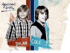 Cole e Dylan Sprouse São LINDOS!
