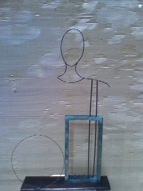 """Nancy JAIME y su escultura """" LAU """""""