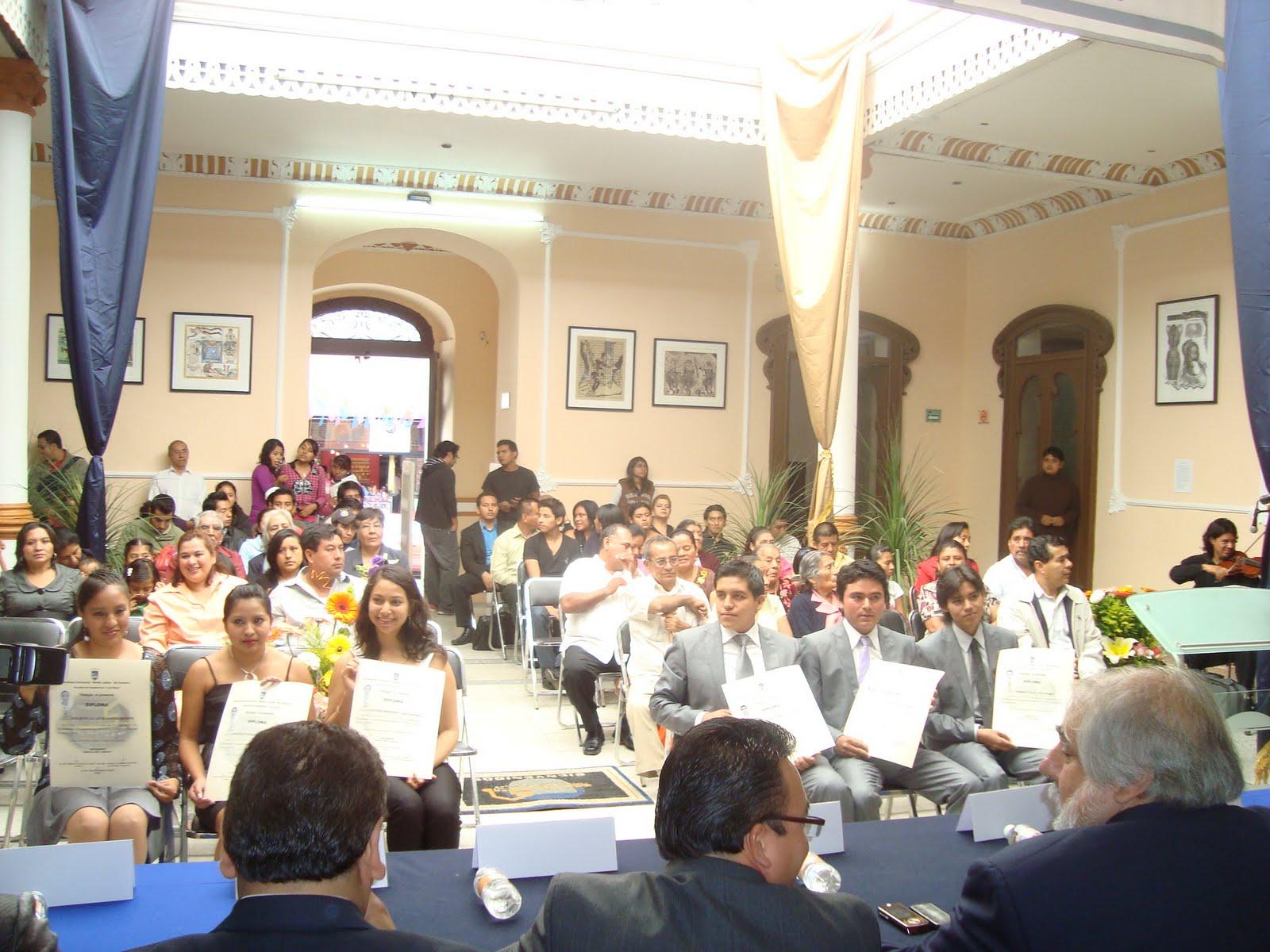 Facultad de arquitectura 5 de mayo de la uabjo egresa for Arquitectura 5 de mayo plan de estudios