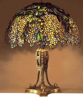 Visite art nouveau louis comfort tiffany for Lamparas de mesa tiffany