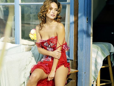 Josie Maran Sexy Photos