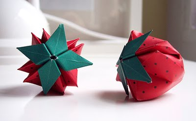 If Youd Rather Not Stab Your Finger With A Needle Because You Like Paper Cuts Better Try Folding Origami Strawberries These From Flickr User