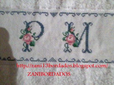 Aqui está a toalha bordada para minha amiga Helena, está seguindo