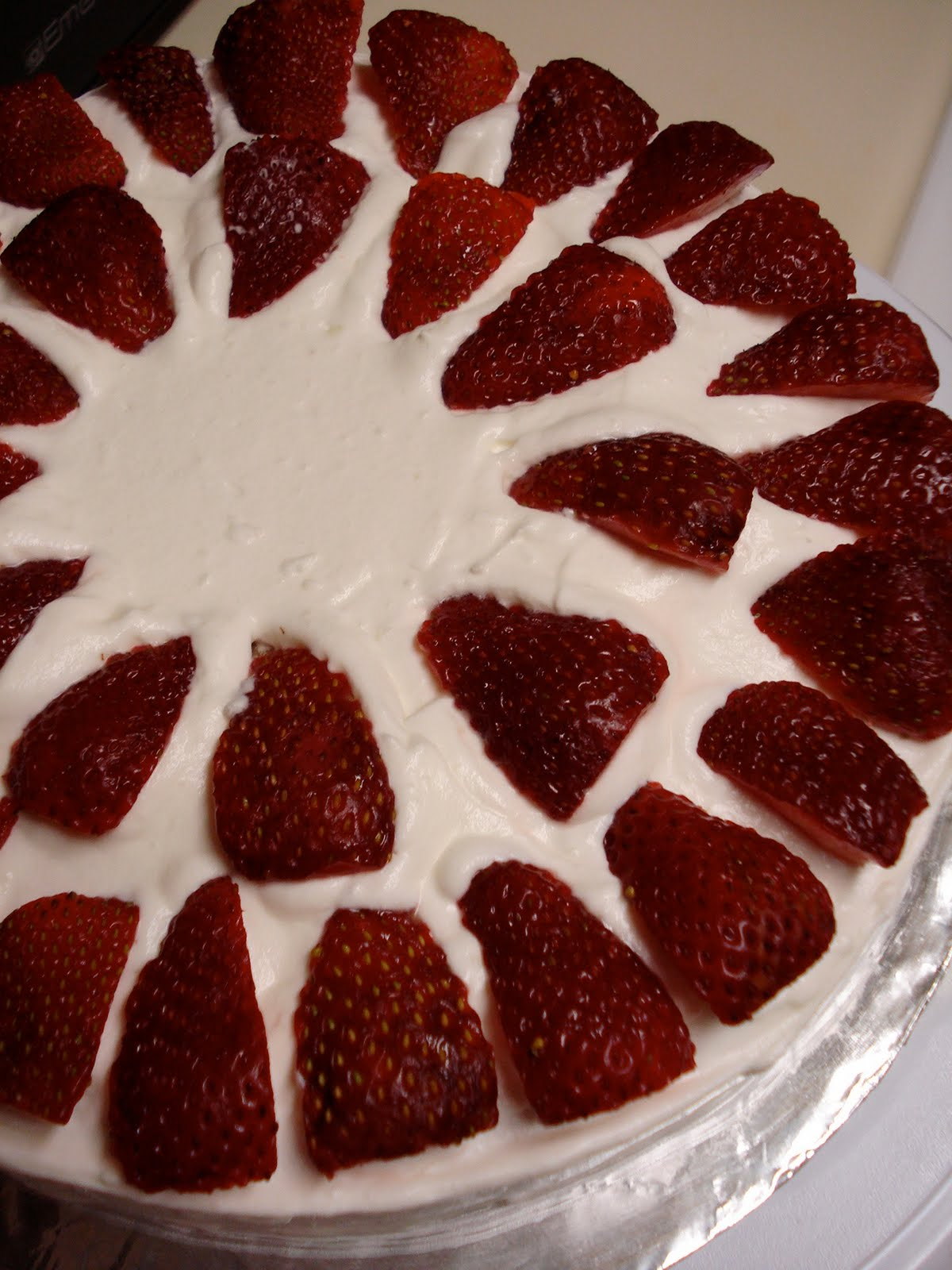 swEEts by e: Gluten-Free Vanilla Cake with Strawberries & Whipped ...