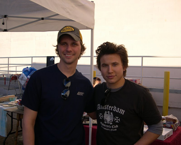Jonathan Taylor Thomas In 2006 (He Is On The Right)