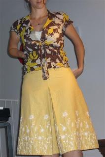 Jupe-Jaune-patron-couture-Simplicity