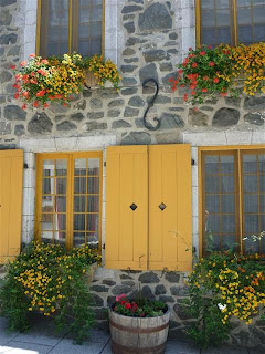 Québec-fleurs-volets