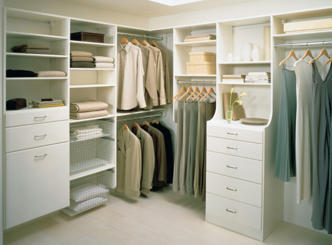 this closet is a good example of using space efficiently by having