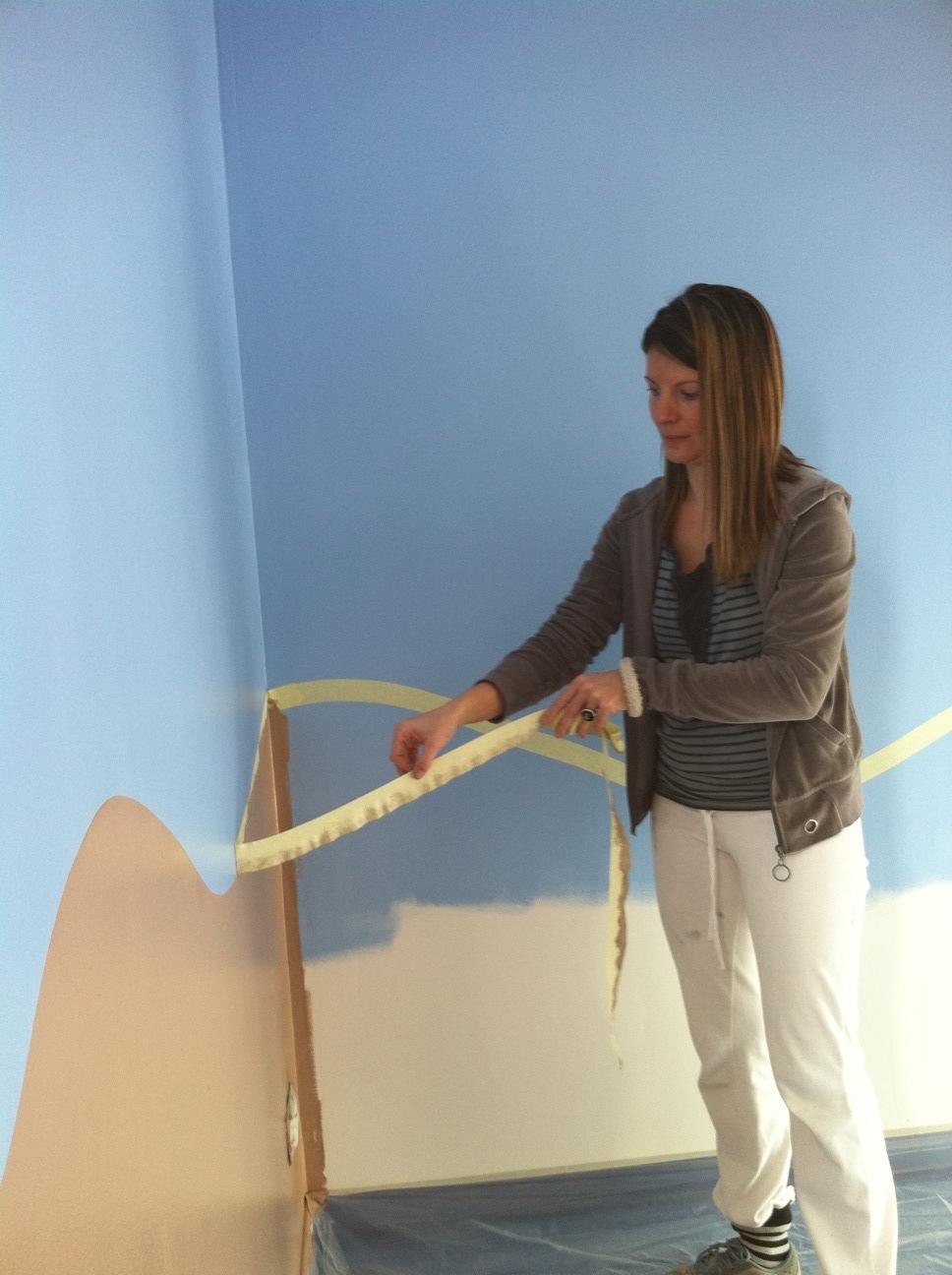 decoration salle de jeux id es et conseils d co decoration salle de jeux peinture murale. Black Bedroom Furniture Sets. Home Design Ideas