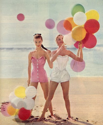http://2.bp.blogspot.com/_wa3dAnNpXVQ/SjEfN4JTEzI/AAAAAAAABG8/70QjDFBA1Uk/s400/vintage+balloons+on+beach.jpg