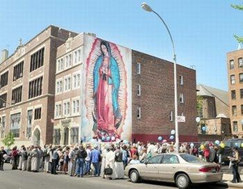 [mural_de_la_virgen_de_Guadalupe_en_el_bronx.jpg]