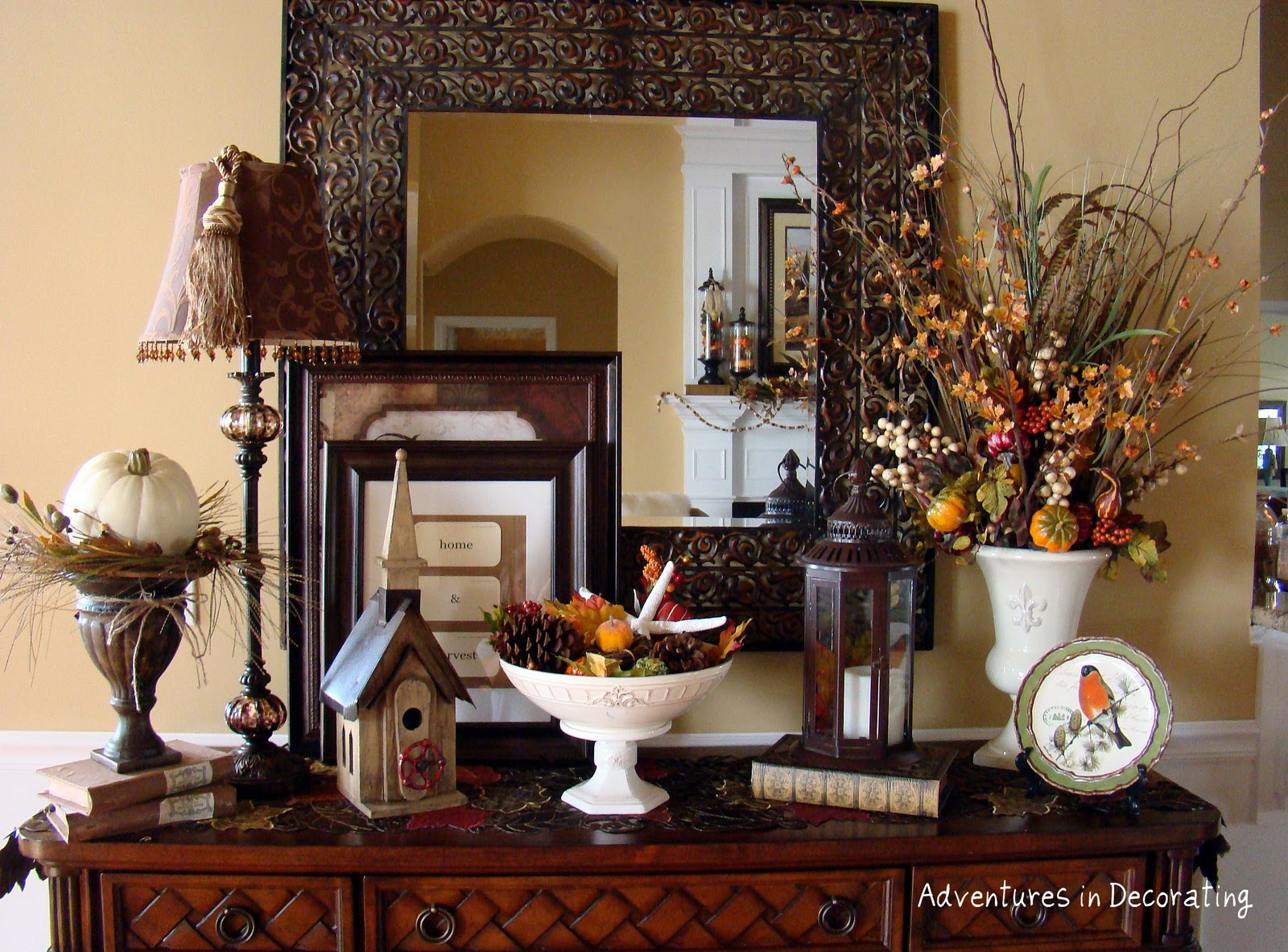 Entryway Table Decorated For Fall Holiday Decorating
