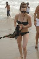 hilary-duff-bikini-1.jpg