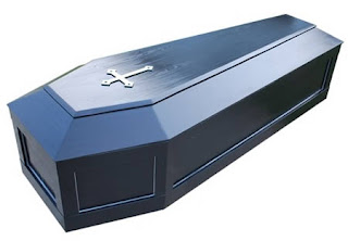 http://2.bp.blogspot.com/_weasonOiR2A/TP49WAP8NhI/AAAAAAAAAC4/-AJLFhlHOmE/s1600/a395_coffin.jpg