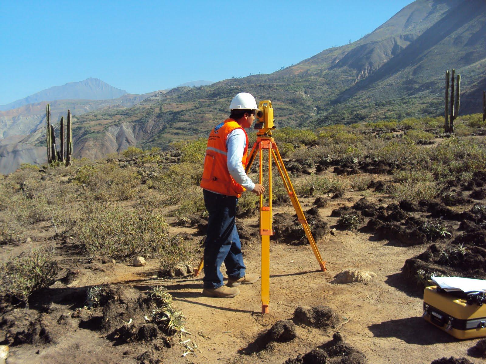 empresa de estudio geotecnicos: