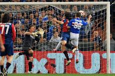 Il gol del Bambino nel Derby. Grande!!!