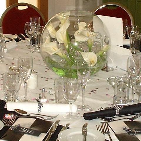 Centros de mesa para boda: Centros de mesa con flores blancas