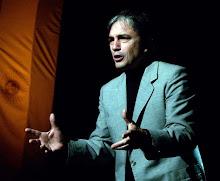 El Maestro Carlos Castaño