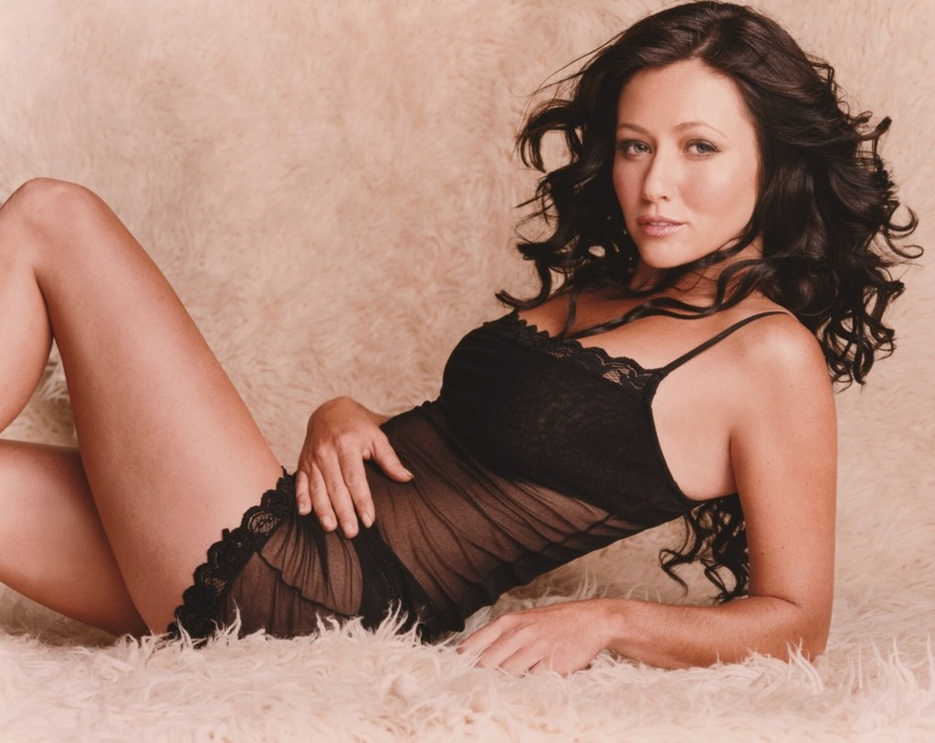 Shannen doherty sexy pic