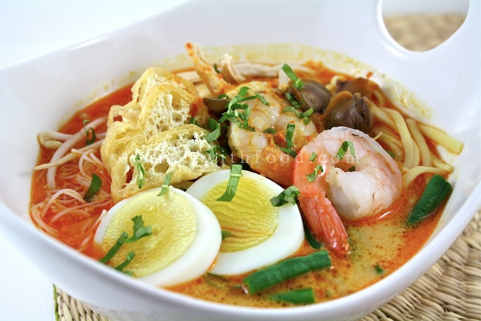 chicken laksa soup. Curry Laksa is a coconut based