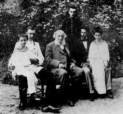 Айвазовский с внуками