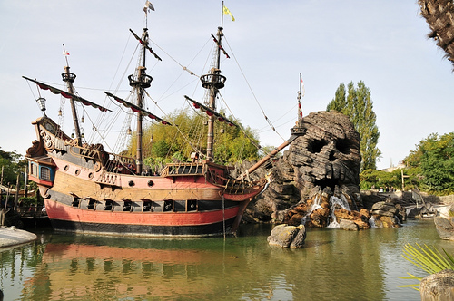 disneyland paris. Disney Theme Parks around the