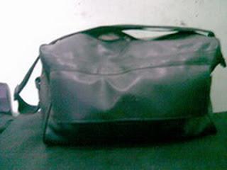 tas kantor hitam