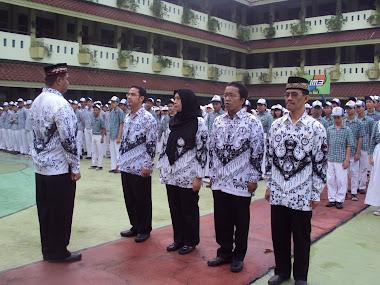 upacara hari guru